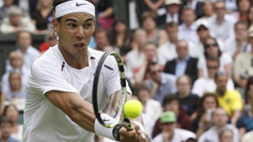 Rafa Nadal en primera ronda de Wimbledon. (EUROPA PRESS)