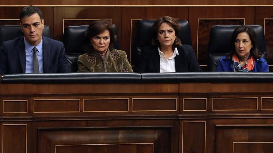 Calvo acusa a la portavoz del PP de menospreciar el control al Gobierno