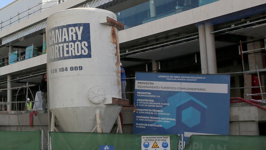 Trabajos, el festivo 6 de diciembre, en las obras del centro comercial promovido por Tourin Europeo en Puerto Rico