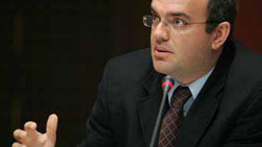Anselmo Pestana, líder de los expulsados.