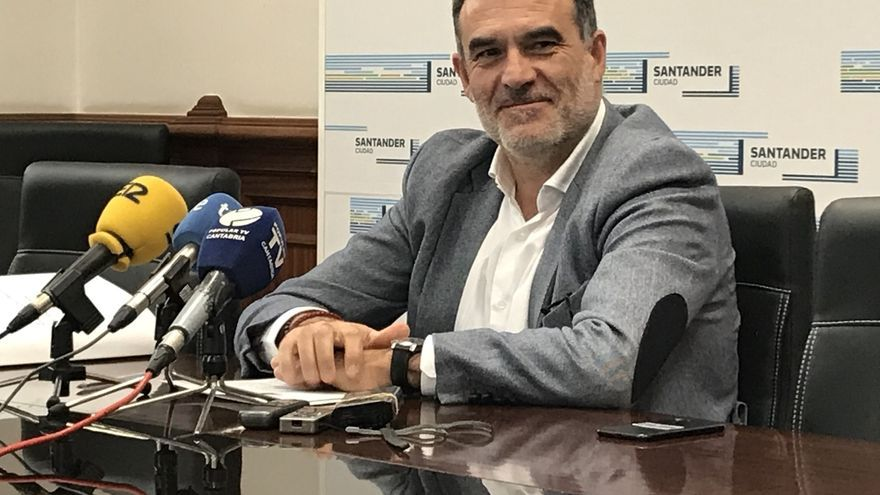 El Ayuntamiento no repercutirá el IPC en las tarifas de agua en 2019 tras mayor superávit de Aqualia