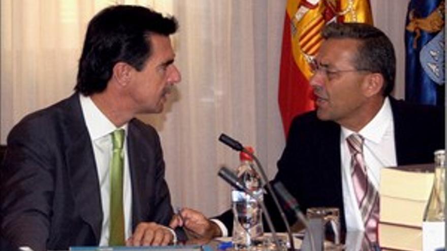 José Manuel Soria y Paulino Rivero, en un consejo de Gobierno.