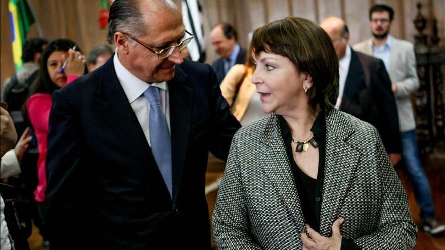 """La esposa de Ledezma recibe el """"pleno apoyo"""" del expresidente brasileño José Sarney"""
