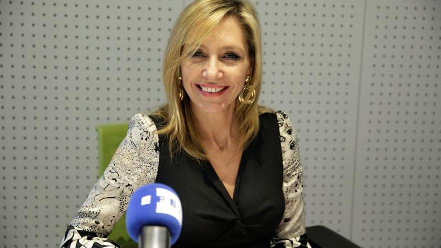 """Marta Robles reflexiona sobre el egoísmo de la maternidad en """"La mala suerte"""""""