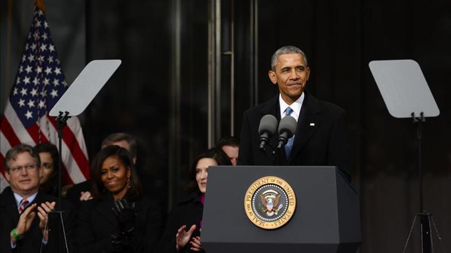 Obama rinde homenaje a Ted Kennedy e inaugura réplica del Senado en su honor