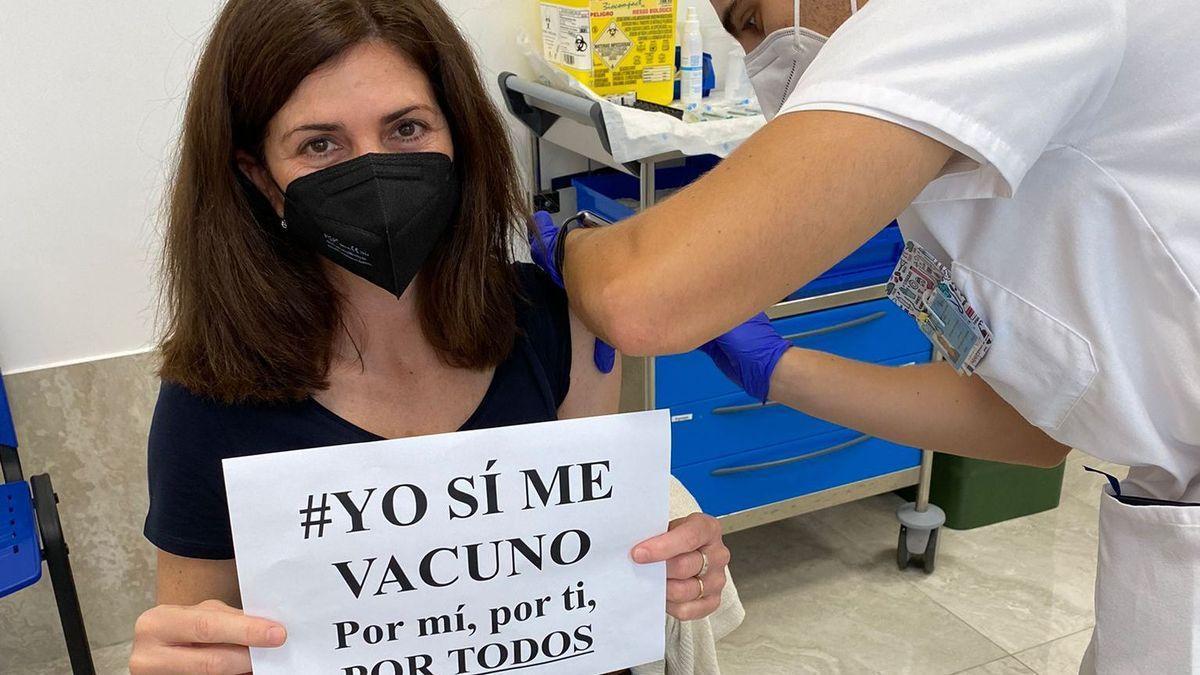 Imagen de archivo Vacunación contra la COVID en Lanzarote.