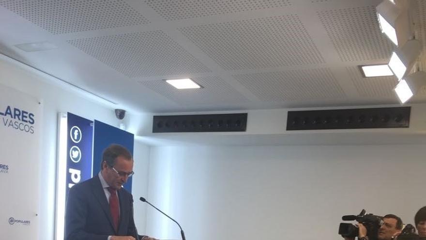 """Alonso (PP) pide a Urkullu que aclare que Euskadi """"no va a seguir el camino de ruptura"""" seguido en Cataluña"""