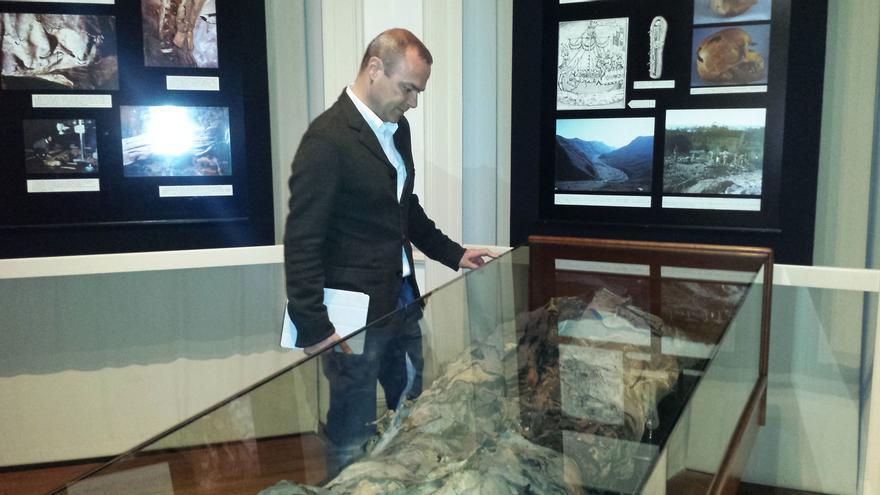 Augusto Hidalgo en el Museo Canario.