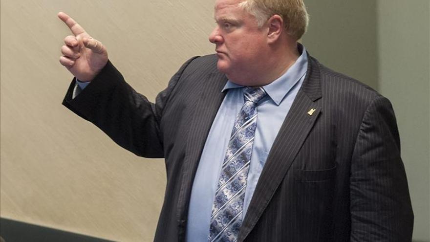 """Un 33 por ciento de los habitantes de Toronto reelegiría al alcalde que fuma """"crack"""""""