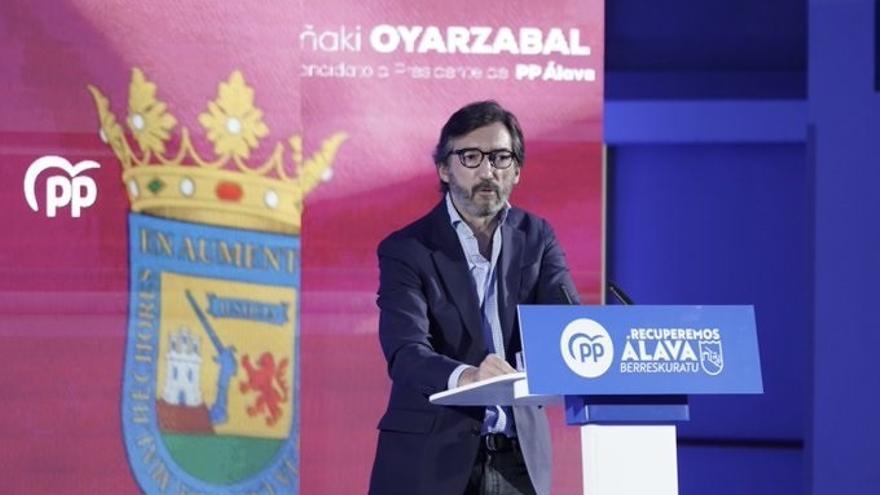 El 15 Congreso del PP de Álava ha reelegido este sábado en Vitoria a Iñaki Oyarzabal como presidente de los populares alaveses