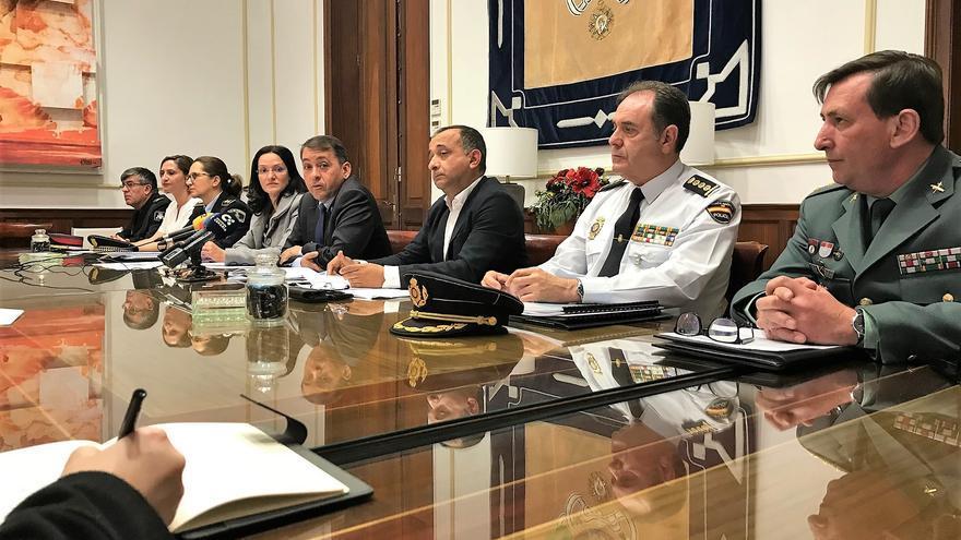 Imagen de la Junta Local de Seguridad celebrada este martes en el Ayuntamiento de Santa Cruz