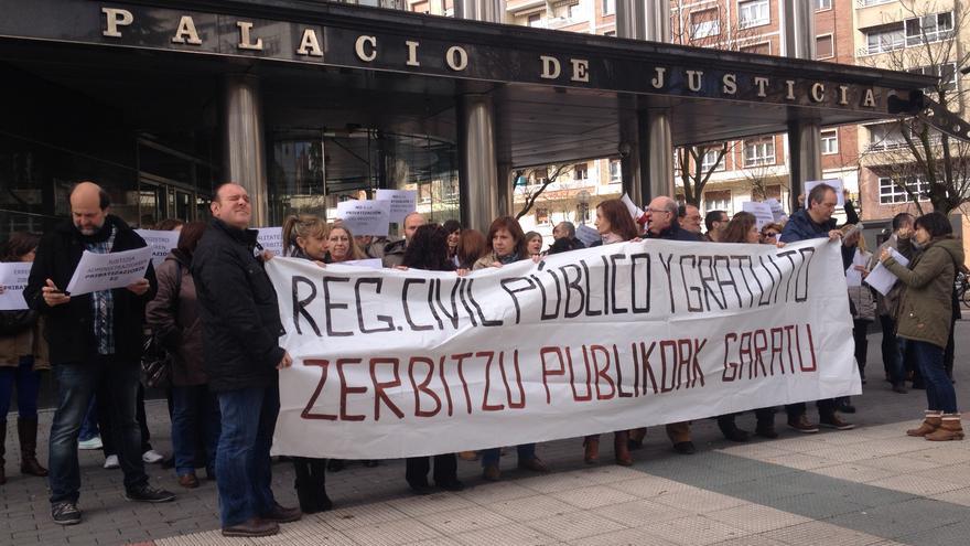 Justicia refuerza los registros civiles tras el aumento de for Administradores de fincas vitoria