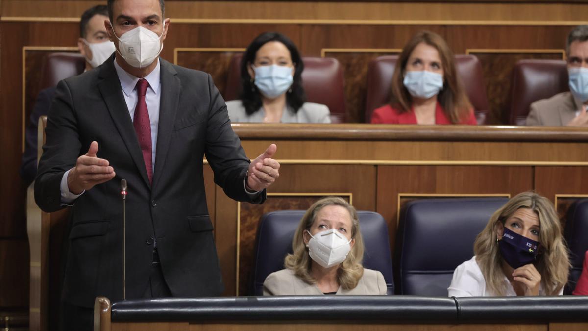 El presidente del Gobierno, Pedro Sánchez, interviene en una sesión de control al Gobierno en el Congreso de los Diputados