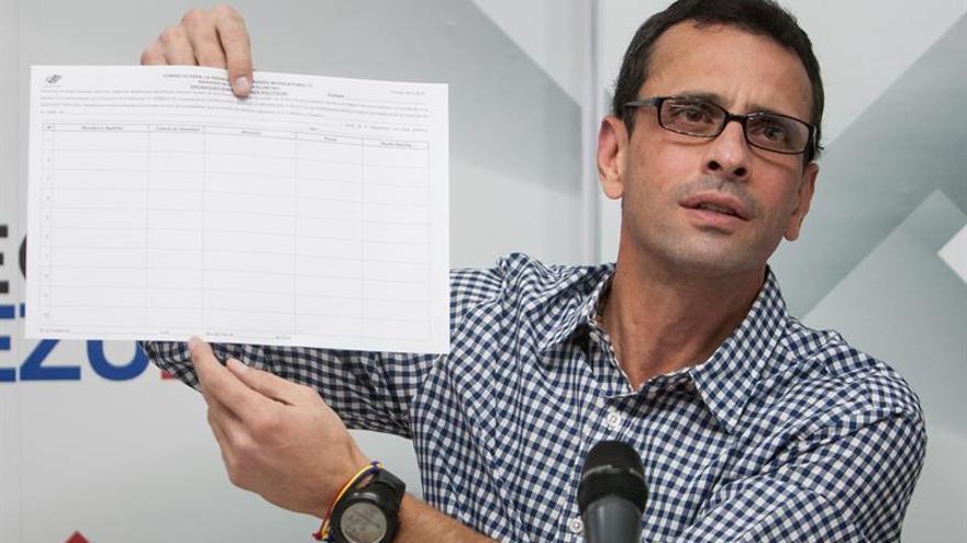 Capriles advierte que el CNE tiene 5 y no 30 días para verificar las firmas de los electores