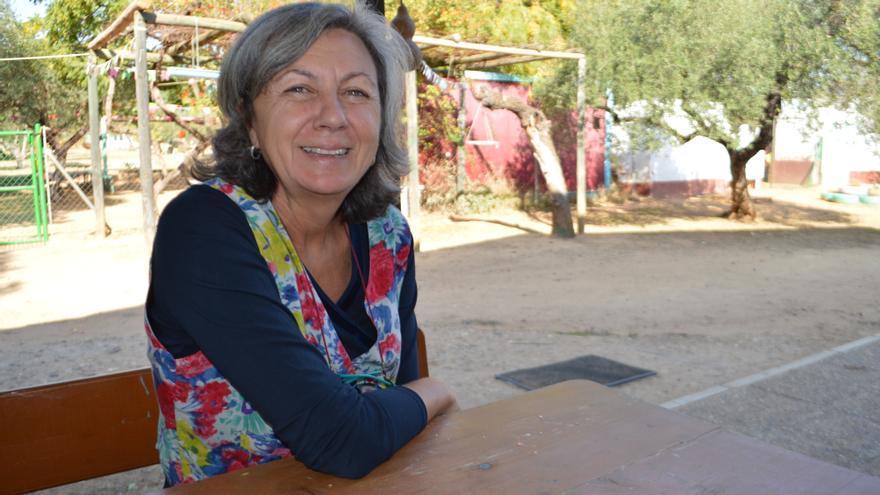 La propietaria de la granja escuela se muestra feliz con lo conseguido en su trabajo diario.