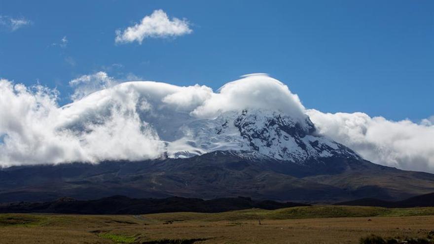 Ecuador va al rescate de los humedales dañados por el hombre al pie de un volcán