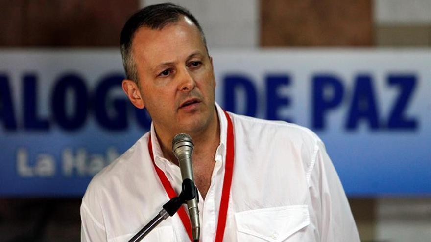 Defensoría colombiana tiene equipo en terreno para liberar a los periodistas de RCN