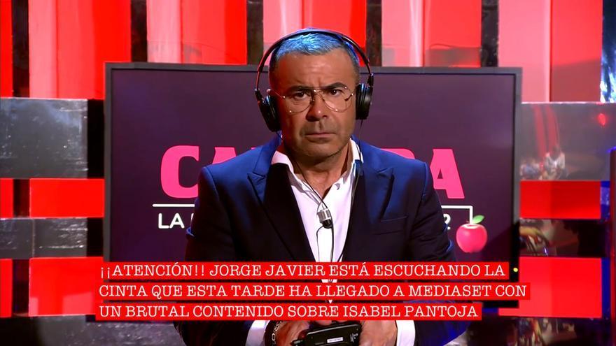 Jorge Javier Vázquez escucha la polémica cinta