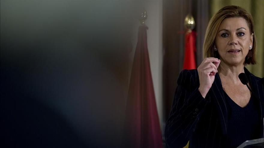"""Cospedal dice que el PP no ha mantenido """"ningún contacto con nadie"""" sobre pactos"""