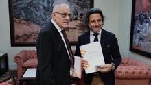 El presidente del Parlamento canario, Gustavo Matos,  junto a Daniel Cerdán, Comisionado de Transparencia de Canarias