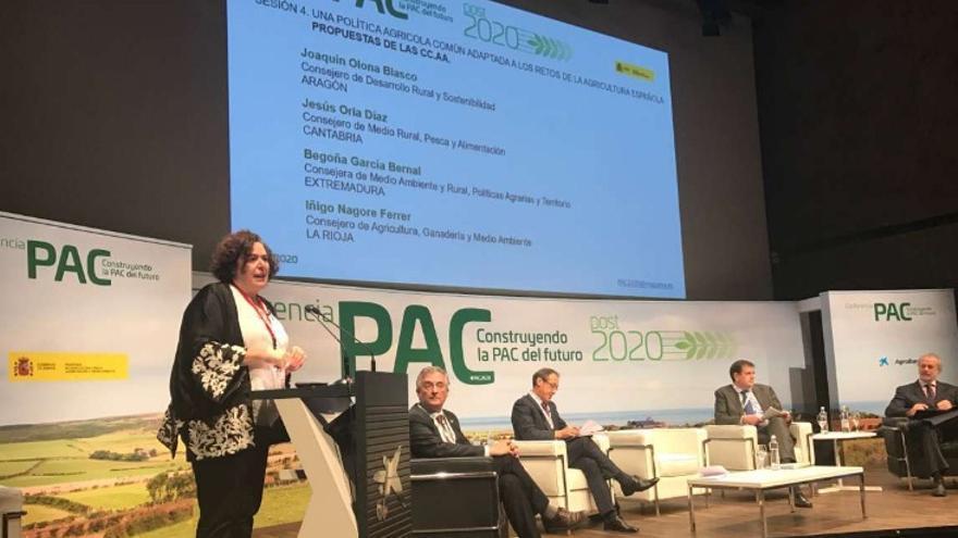 La consejera de Medio Ambiente y Rural, Políticas Agrarias y Territorio, Begoña García, en el debate 'Construyendo la PAC del futuro', organizado por el Ministerio de Agricultura