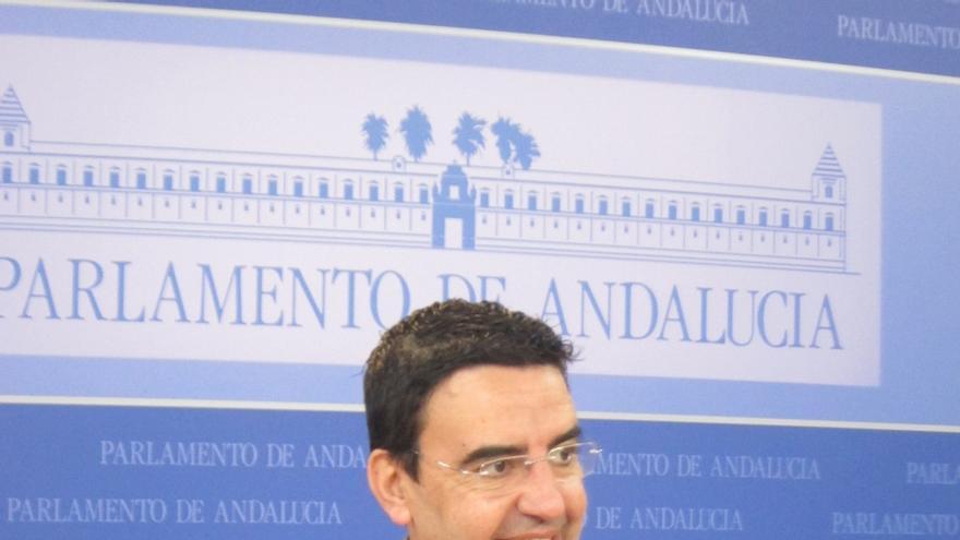 PSOE-A pide a Valderas que si visita el Sahara sea como representante de IULV-CA y no como vicepresidente de la Junta