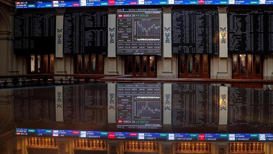 El IBEX 35 abre con una subida del 0,28 %, pendiente del BCE y de resultados