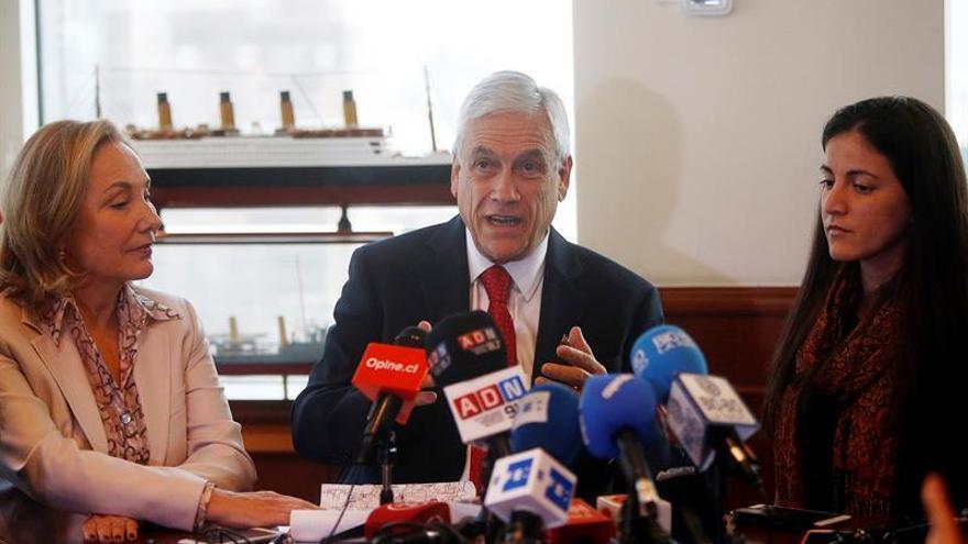 Piñera dice que Venezuela se ha transformado en dictadura al igual que Cuba