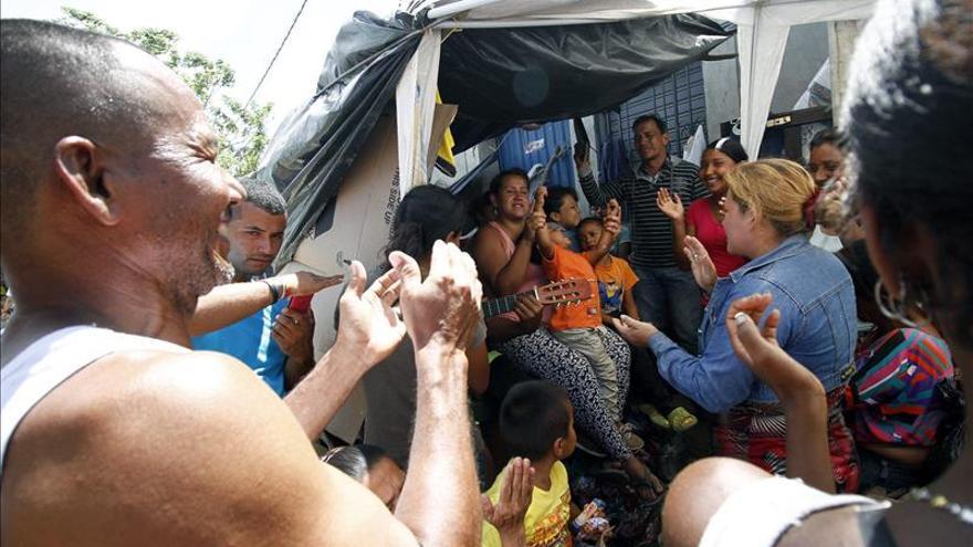 Embajadores de más de veinte países llegan a la frontera colombo-venezolana