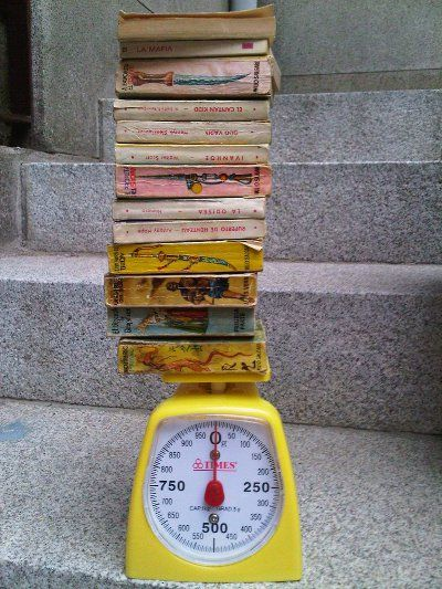 Venta solidaria de libros al peso
