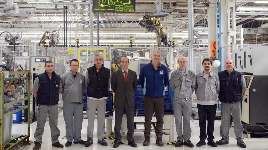 El Grupo Volkswagen elige como mejor sugerencia mundial de 2016 la idea de 6 trabajadores de la planta de Navarra