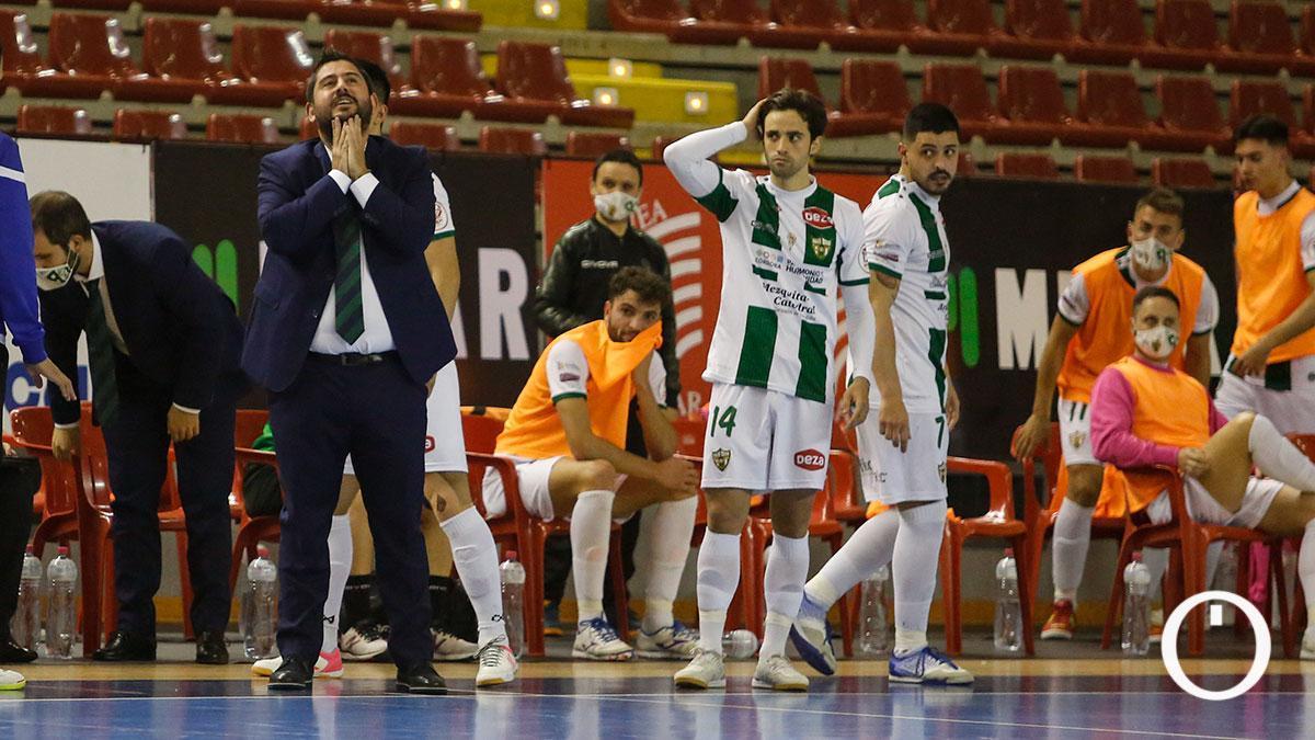 Jugadores del Córdoba Patrimonio durante un encuentro en Vista Alegre