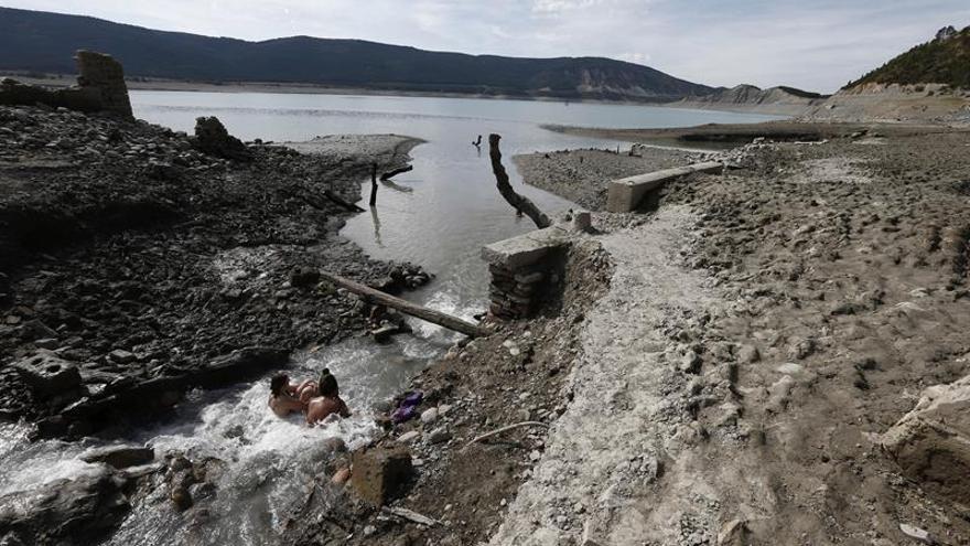 España, en prealerta por sequía, espera la lluvia de otoño para asegurar 2018