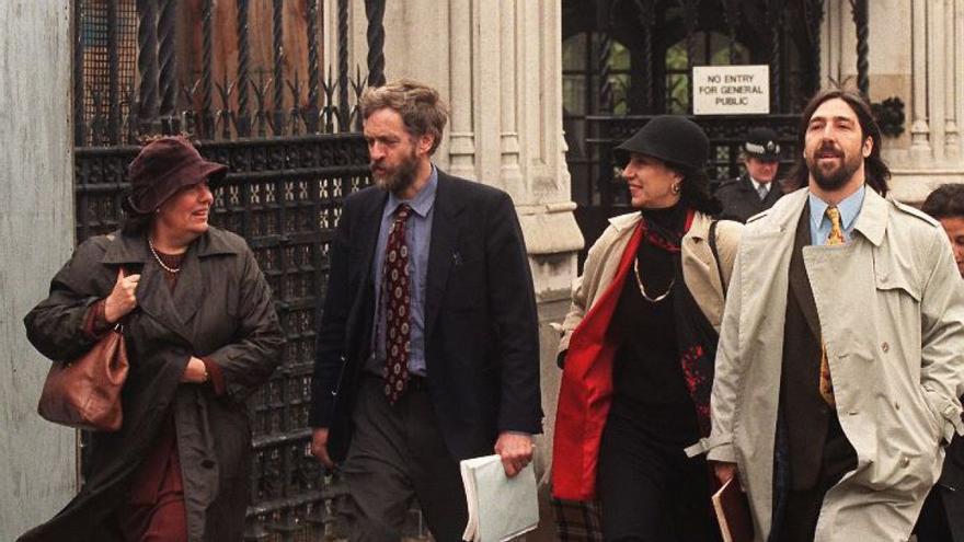 Corbyn en una fotografía tomada durante el fallido proceso de extradición del dictador Augusto Pinochet.