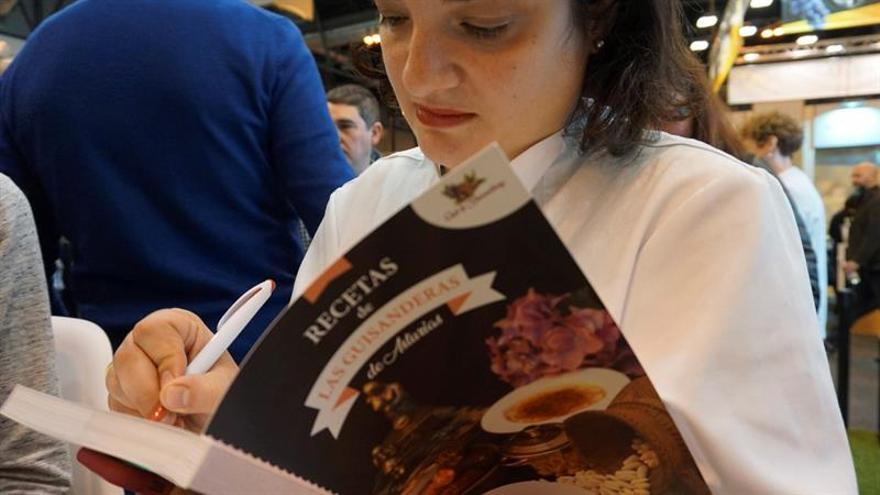 El Club de las Guisanderas rescata las recetas sin prisas