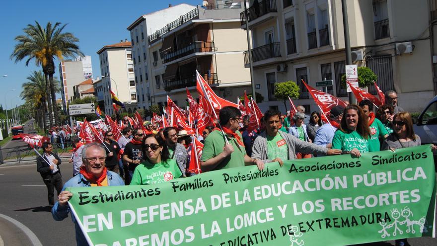 La 'Marea Verde', en defensa de una educación pública, también en las manifestaciones / JCD