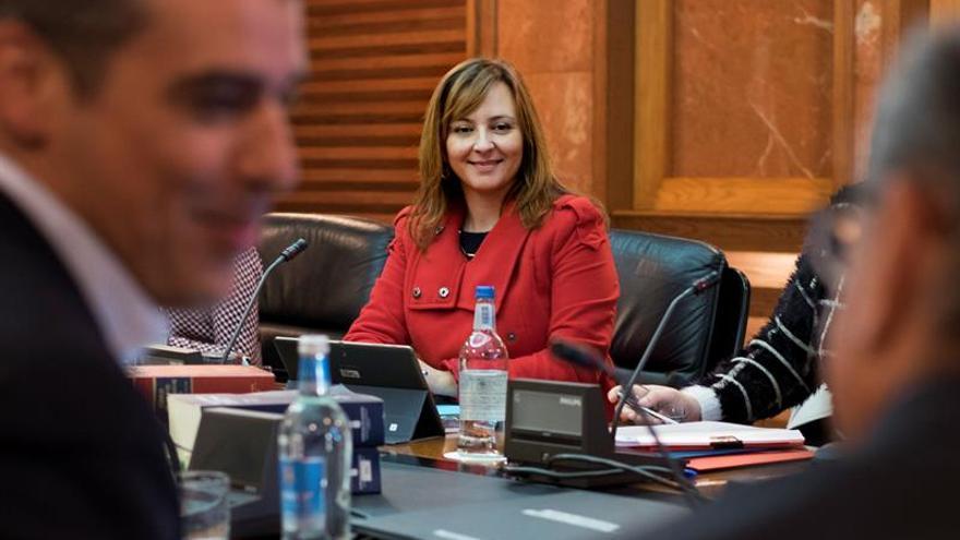 La consejera regional de Política Territorial, Nieves Lady Barreto. Efe/ Ángel Medina G.