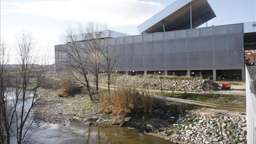 El Ayuntamiento pacta pagar 7,4 millones a FCC para cerrar el caso sobre la Caja Mágica
