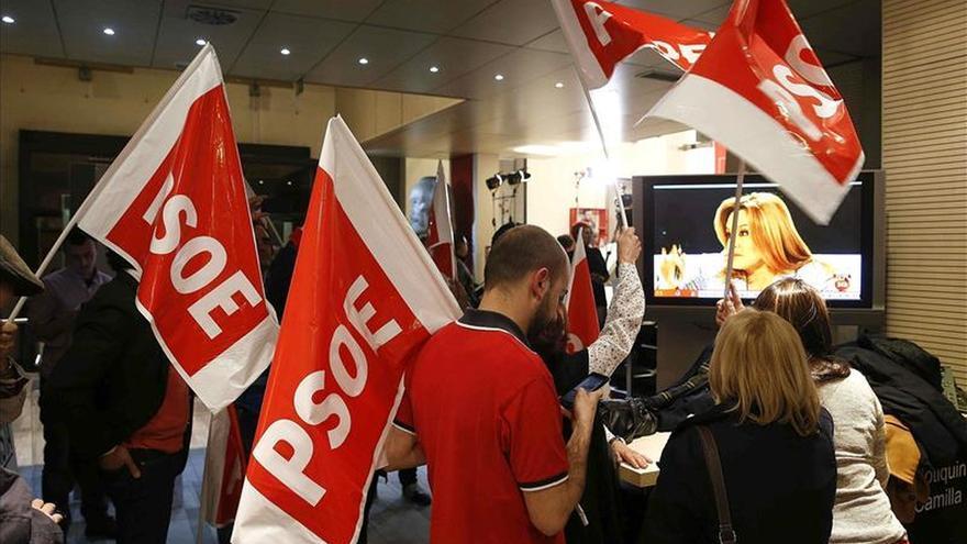 El PSOE gana las elecciones y se queda a ocho escaños de la mayoría absoluta