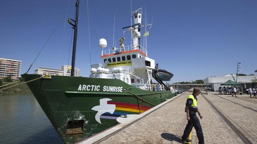 El Arctic Sunrise de Greenpeace atraca en Miami para alertar sobre la contaminación