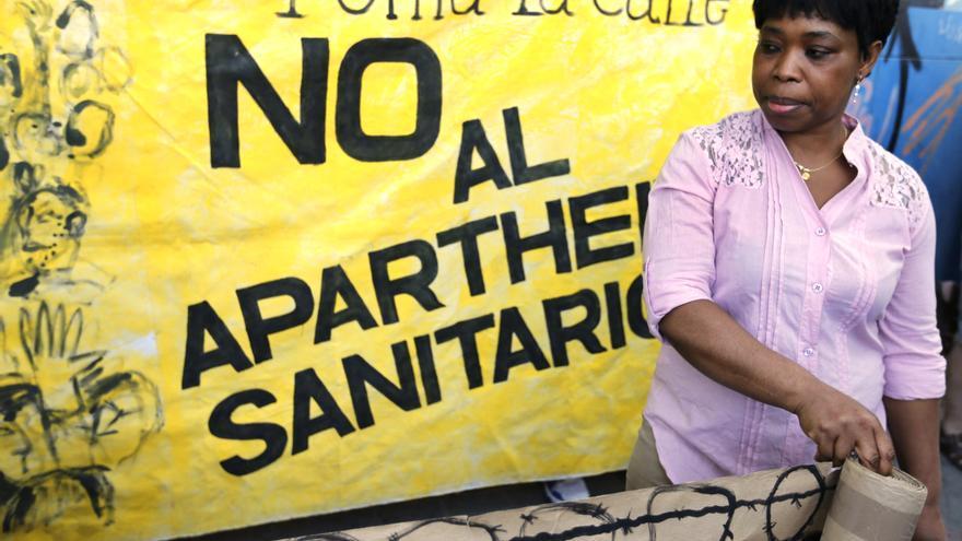 """El PCE llama a los médicos a rebelarse frente a la """"exclusión sanitaria"""""""