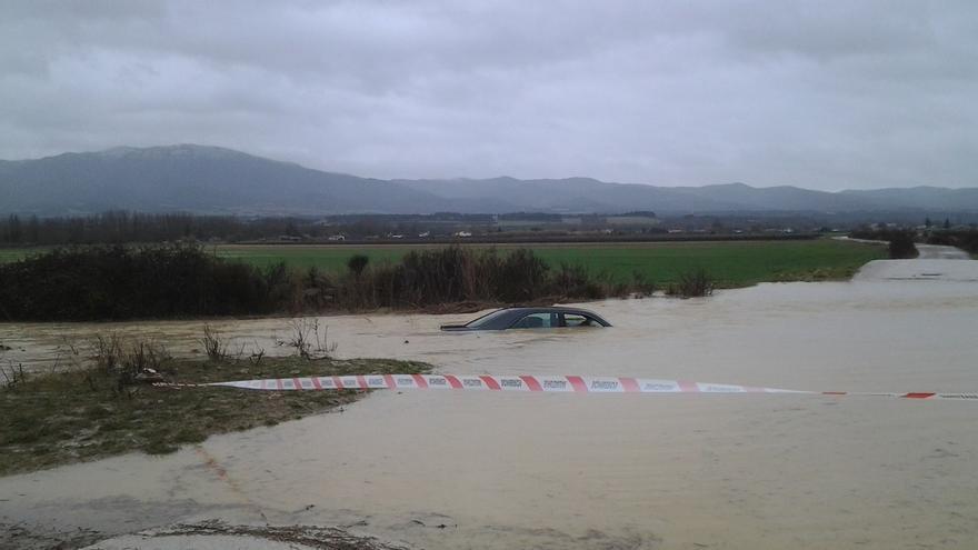 El Arga en Pamplona centra esta tarde los problemas de avenidas, que afectarán al Ega en Estella esta madrugada