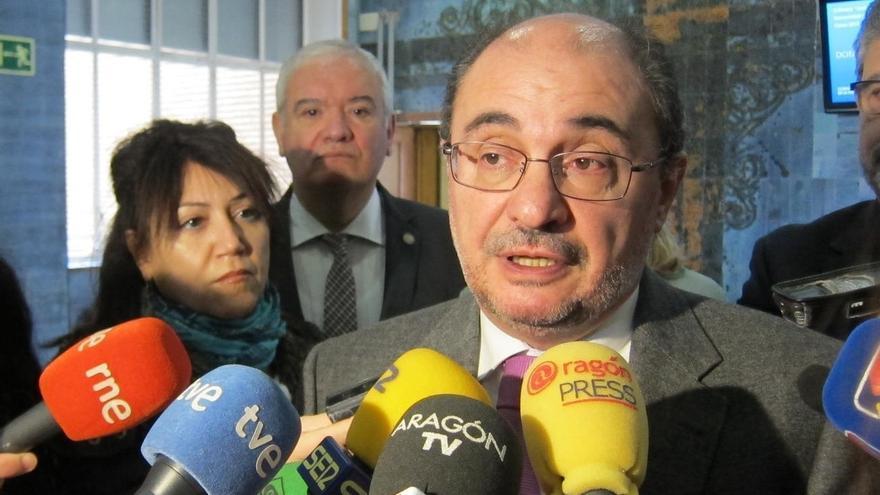 """Lambán dice que a partir de 2019 los aragoneses no pagarán """"ni un euro más"""" que el resto de españoles en sucesiones"""