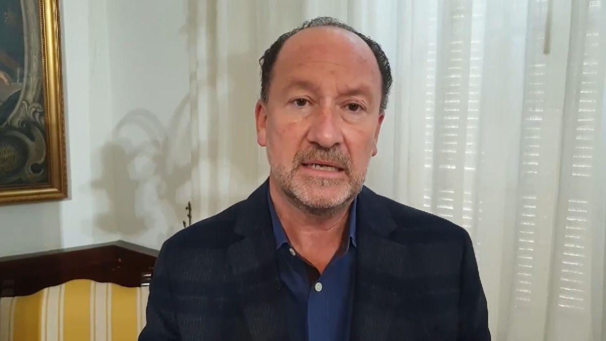 El alcalde de Orihuela, Emilio Bascuñana.
