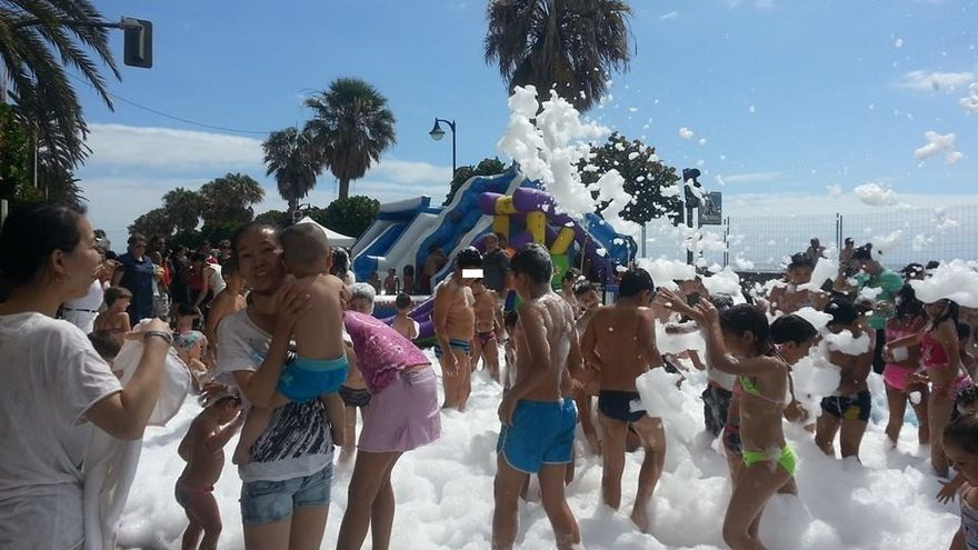 En la imagen, fiesta del agua celebrada recientemente durante la primera edición del Summer Sport Music Festival.