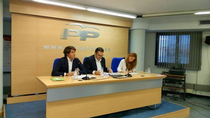 Gerardo Camps y Julieta Micheo, los únicos que repiten en la lista del PP por Alicante, encabezada por García Margallo