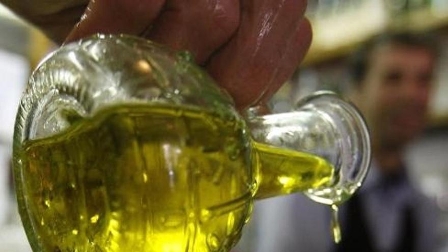 Junta promueve entre los escolares el consumo de aceite de oliva virgen extra, alimento base de la Dieta Mediterránea