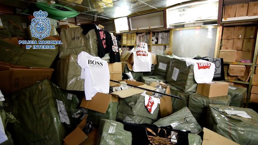 Operación contra las falsificaciones en Canarias