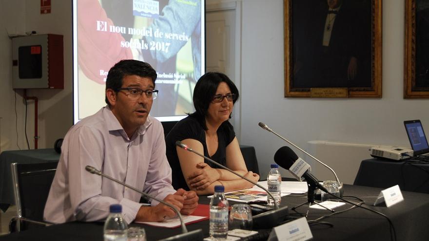 Jorge Rodríguez i Rosa Pérez Garijo, durant la presentació