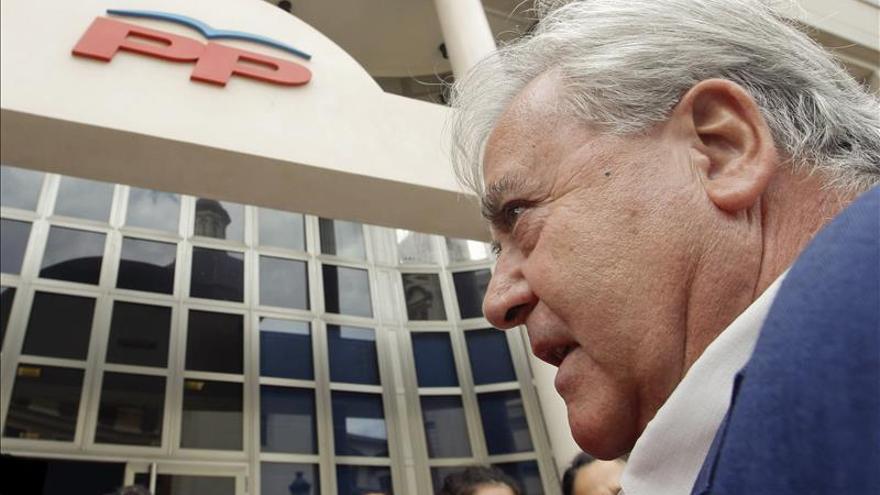Díaz Alperi registra su renuncia al acta de diputado en la Cámara valenciana